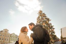 Прага фото города зимой. Главная елка Праги. Ярмарка. Новогодний тур в Прагу. Забронируйте дату своей фотосессии в Праге.