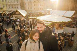 Прага на рождество фото. Вид на рождественскую ярмарку на главной площади Праги. Не забудьте про фотосессию!