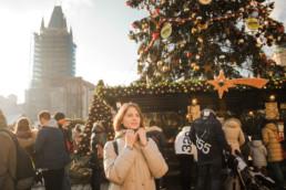 Католическое рождество в Праге. Главная елка в Праге в 2017/2018. Проводим фотосессии для туристов.