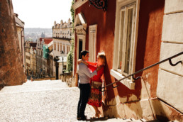 Прага достопримечательности фото. Фотосессия в Праге цена. Фотопрогулка по Праге № 1. Пражский град, лестница