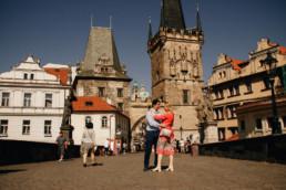 Фотограф в Праге недорого. Прага достопримечательности фото. Фотопрогулка по Праге № 1. Карлов Мост, вид на башню