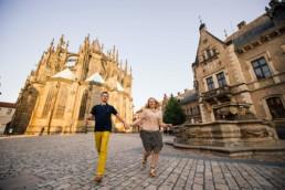 Фотосессия в Праге на фоне достопримечательностей