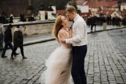 Фотосессия на годовчщину своей свадьбы в Праге на Градчанской площади.