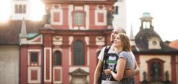 Фотограф в Праге В Пражском Граде, туристическая фотосессия