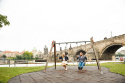 Фотопрогулка по Праге № 2. Лавстори на фоне Карлова моста