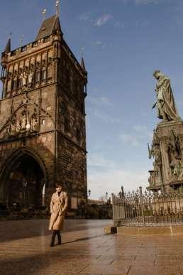 Памятник Карлу IV и Староместская мостовая башня